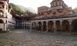 ららららら~リラの僧院フォーリンラブ @ ブルガリアのユネスコ世界遺産Bulgaria Rila Monastery