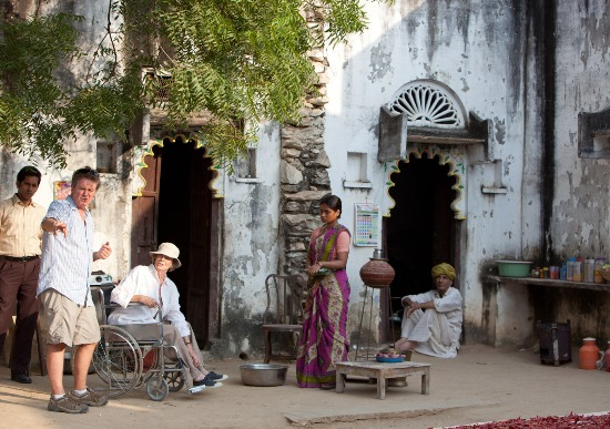 indian-palace-the-best-exotic-marigold-hotel-09-05-2012-7-g[1]