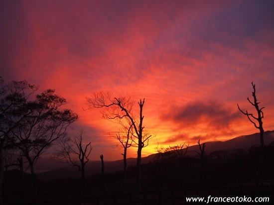 北海道 絶景 景色 夕暮れ 屈斜路湖 ナンシーキューナード