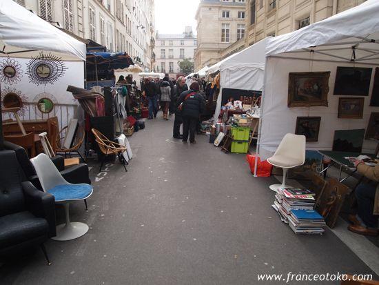 パリ、マレ地区のブロカント