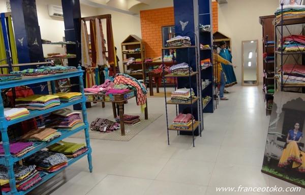 インド ショッピング ジャイプール コットンズ