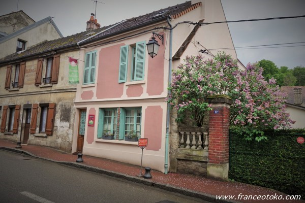Les Rêveries dans la Théière Ermenonville パリ郊外のかわいいサロン・ド・テ フランス雑貨屋