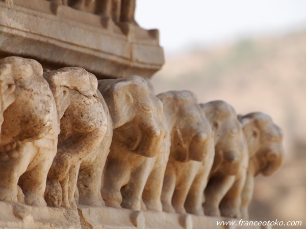 Sri Jagat Siromanji Temple インド アンベール城ちかくの寺院