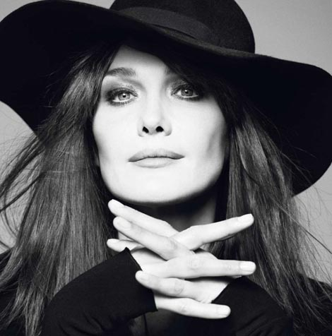 carla-bruni-vogue-paris-december-2012 カーラ・ブルーニ