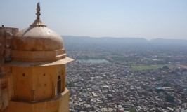 絶景!パノラマ・ジャイプール☆フランス男の素敵な冒険@インド