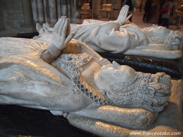 サン・ドニ大聖堂 フランス王家の墓 basilique de st.denis