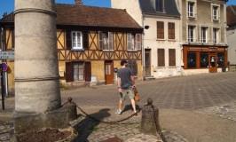 フランス蚤の市掘り出し物探し熱~夫婦の温度差