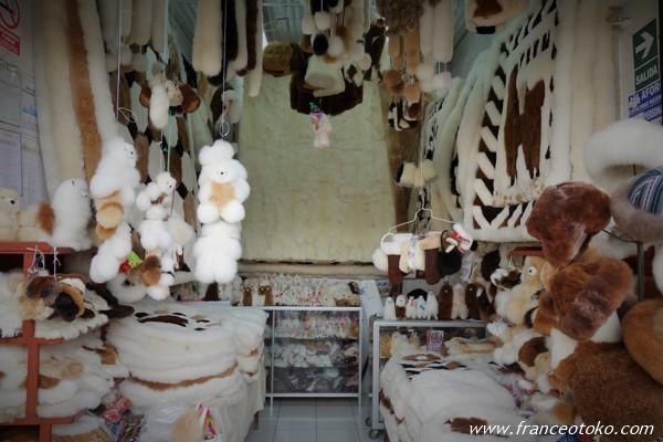 ペルーおすすめショッピング インディアンマーケット アルパカ