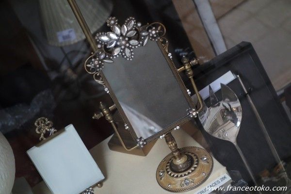 フランスのアンティーク風 鏡