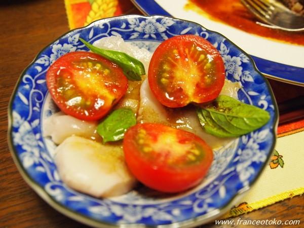 ホタテとトマトのカルバッチョ