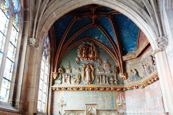 豪華な教会