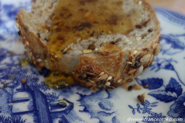 パン ハチミツ