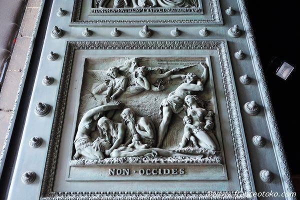 マドレーヌ寺院 彫刻