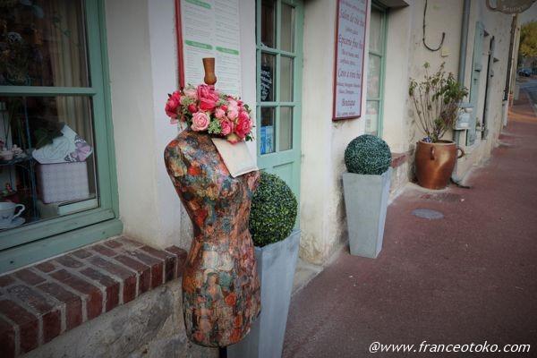 パリ郊外 かわいいショップ