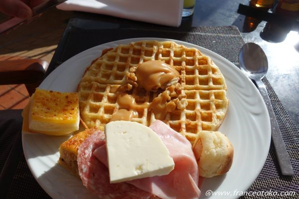 ワッフル 朝食