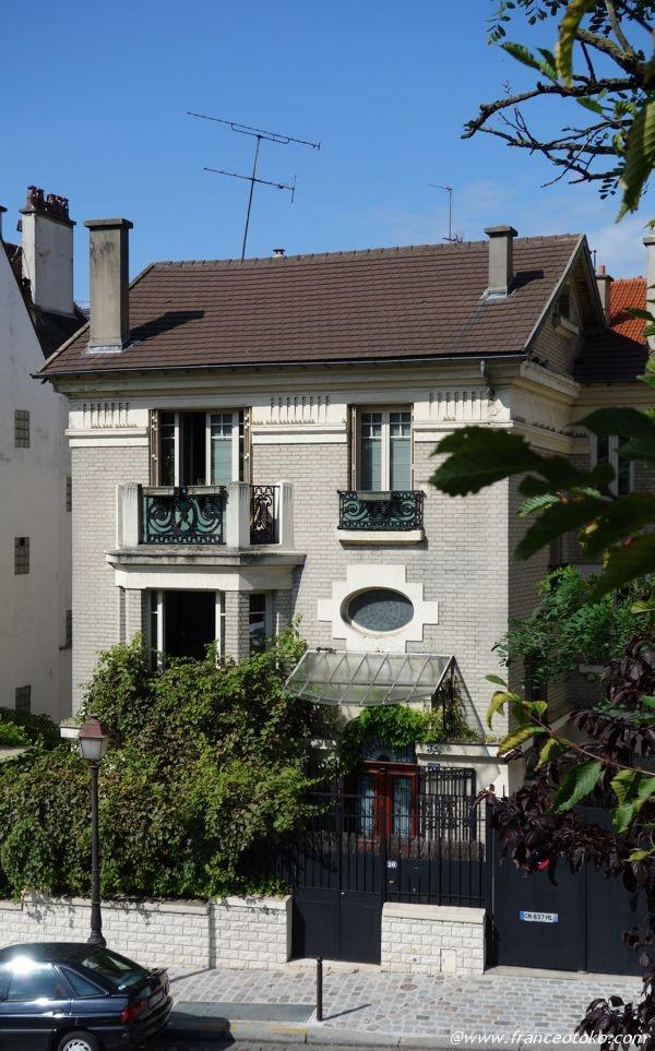 パリ かわいい家