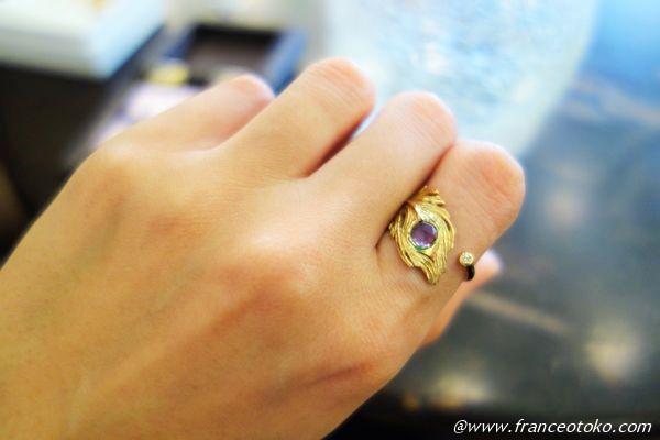 ダイヤとアメジストの孔雀のリング