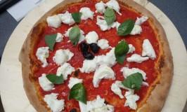 Mamamia Pizza Lyonリヨンで一番おいしいピザとアルファルファ育てる