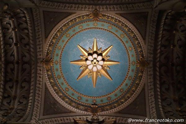きれいな教会 フランス