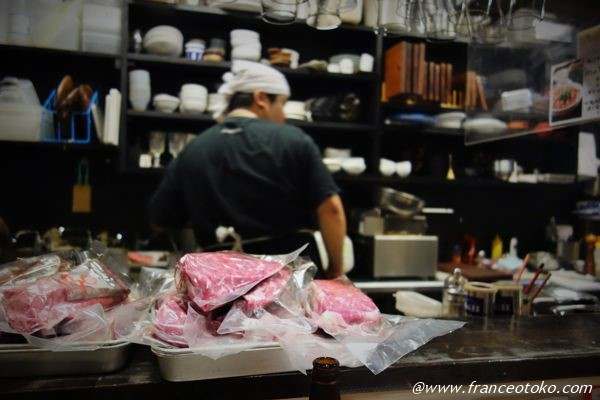 天満 巨大塊肉ステーキ 大衆食堂 源兵衛