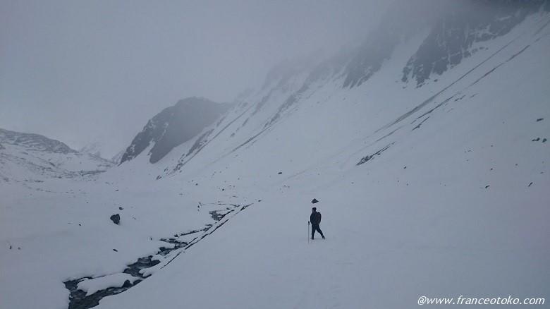 チリ 雪山登山 冬