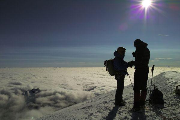 モンブラン 登山 雲