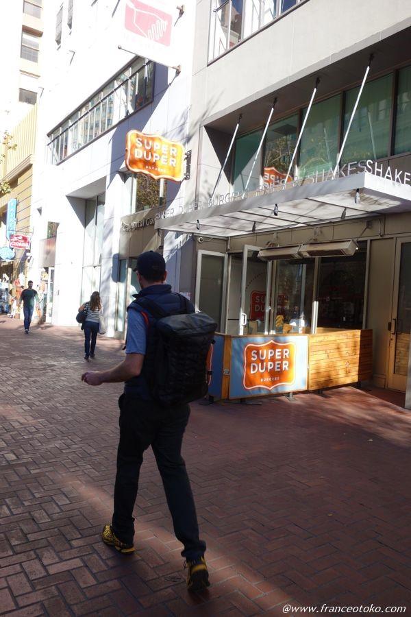 サンフランシスコ おいしい ハンバーガー