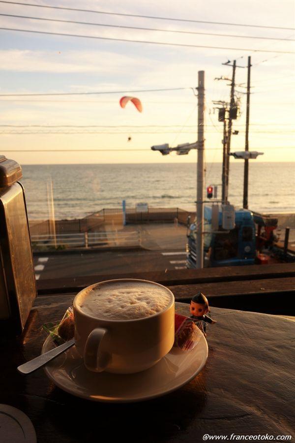 由比ヶ浜 カフェ