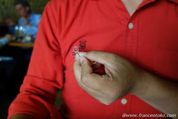 赤いシャツ