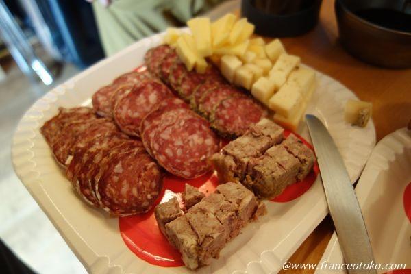 フランス サラミ チーズ