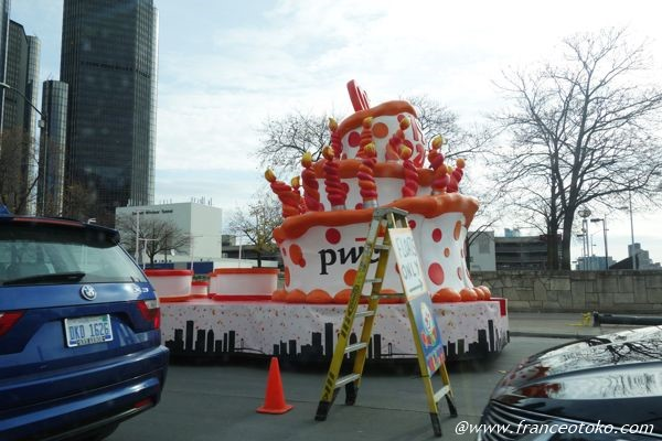 デトロイト サンクスギビング パレード