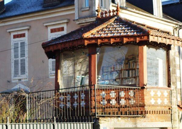 本の家 フランス
