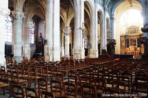 パリ 教会