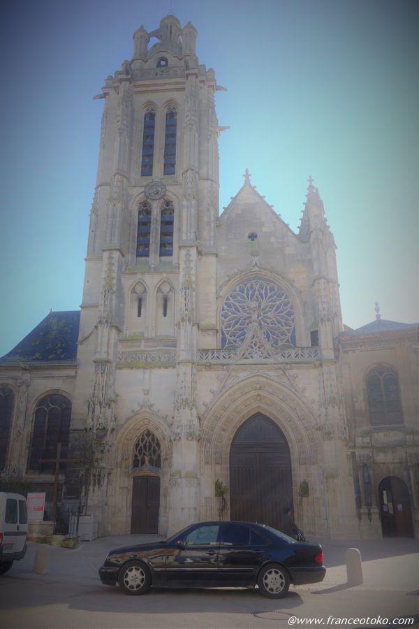 フランス パリ郊外 教会
