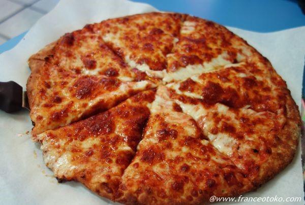 アメリカ ピザ おいしい