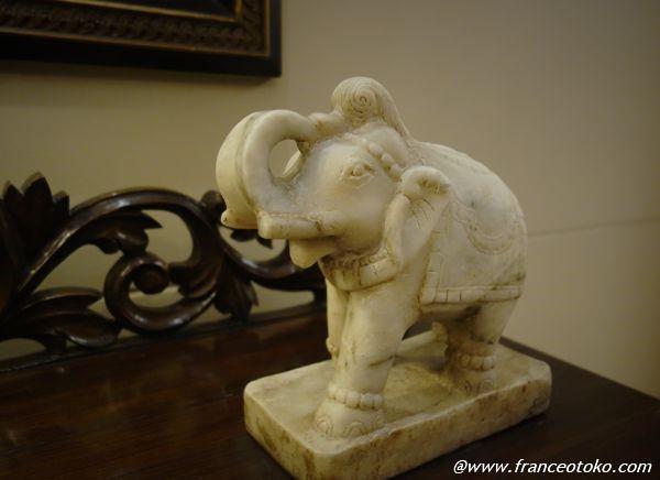 象 大理石 置物