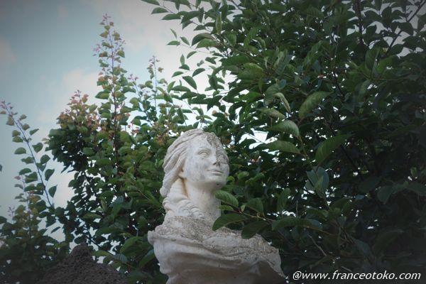 イタリア 彫刻 乙女