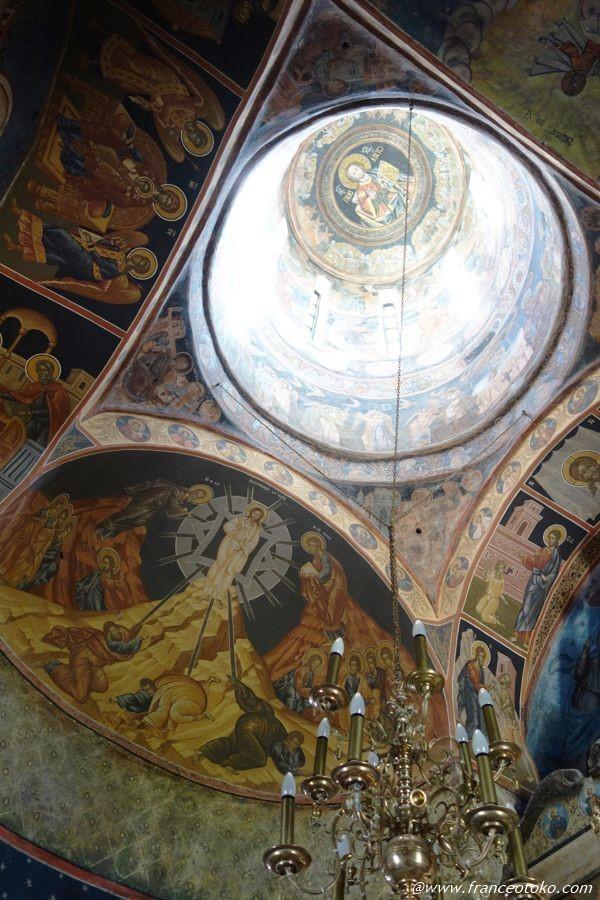 ルーマニア 美しい修道院