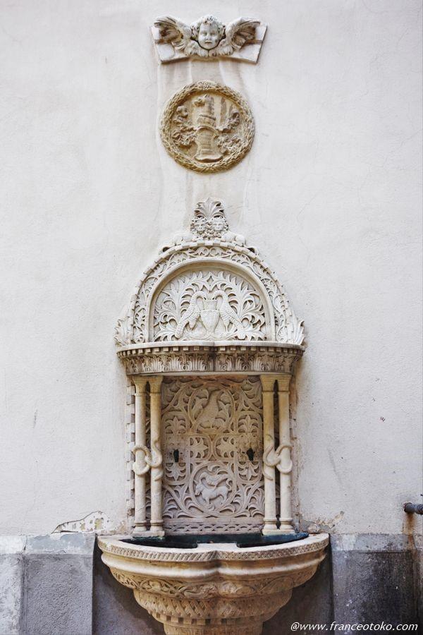 世界の城 ペレシュ城