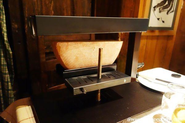 シャモニー チーズ料理 ラクレット