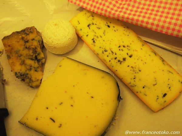 フランス チーズ トム