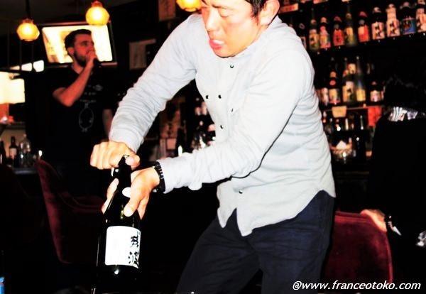 沖縄 泡盛で酔いつぶれる