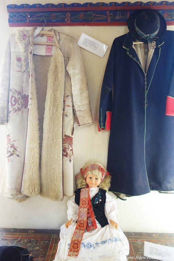 ルーマニア ムートン 伝統衣装