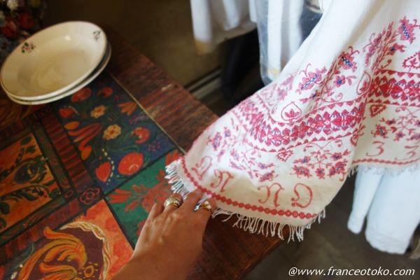 ルーマニア 刺繍 小物