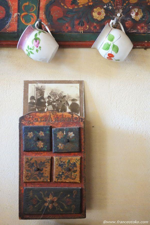 ルーマニア 小物 家具