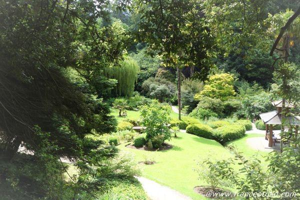 パワーズコート 日本庭園