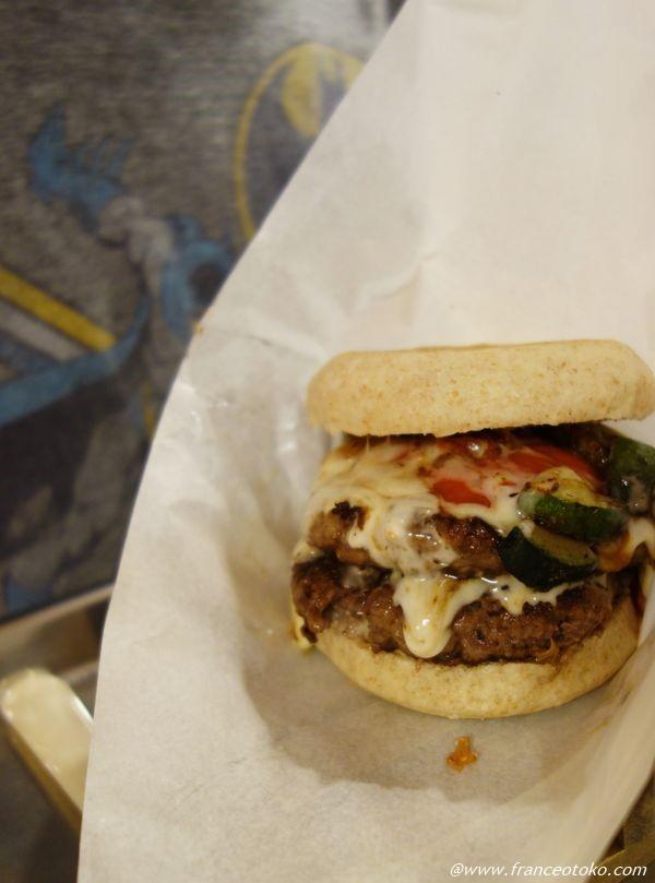 石垣牛のハンバーガー屋さん バニラデリ (VANILLA・DELI)