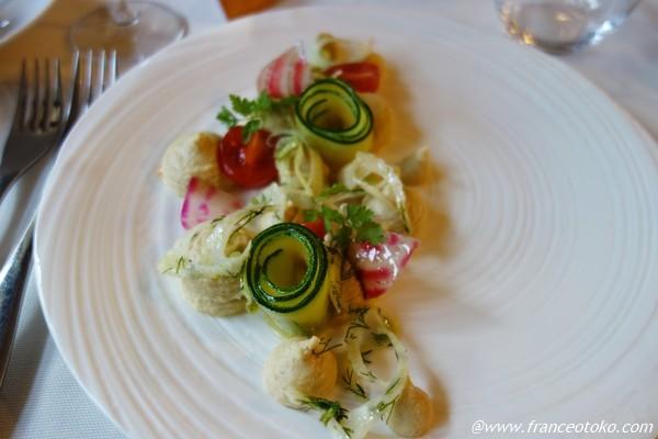 フランス料理 フムスのサラダ