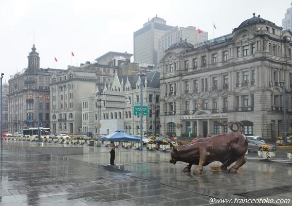 上海 外灘 牛