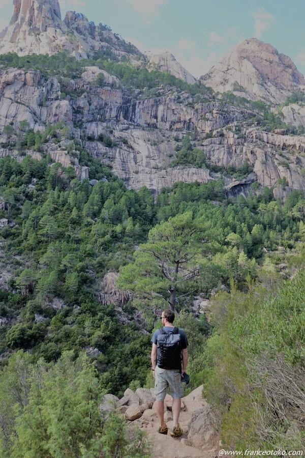 コルシカ 山 ハイキング